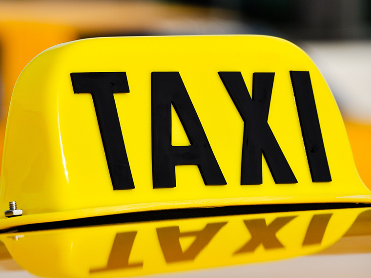 Taxi licence in Luton